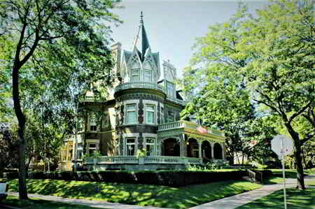A Beautiful corner House in Milwaukee.